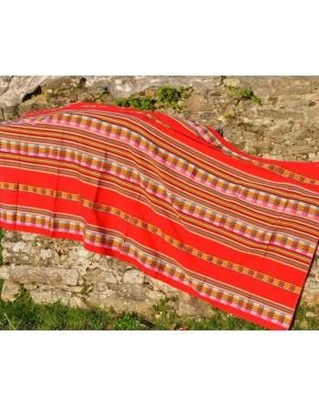 Tissu péruvien rouge grand format