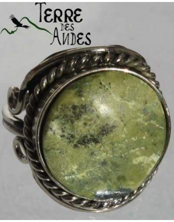 Bague reglable en pierre serpentine