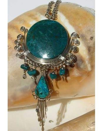 Collier en pierre péruvienne turquoise